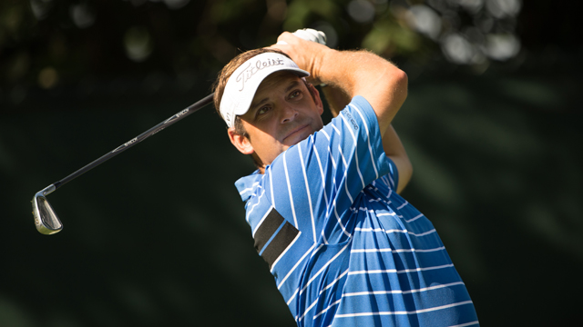 Brown-Dobyns, Esposito-Jones tied for lead at Senior-Junior Team Championship