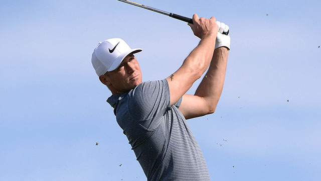 Alex Noren takes one-shot lead, Tiger Woods scratches out a 70 Saturday at Torrey Pines