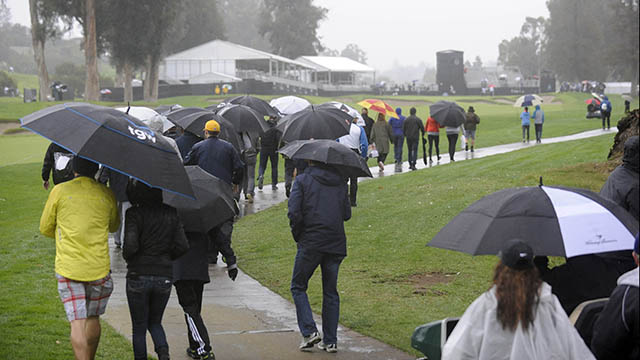 Rain wipes out afternoon Genesis Open play at Riviera