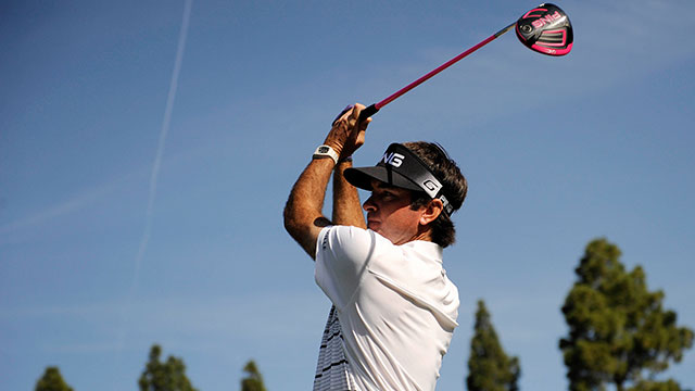 Bubba Watson shoots 67, leads by 1 at Northern Trust Open