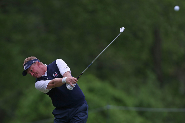 Paul Broadhurst waits out rain delays, opens two-shot lead at Senior PGA Championship