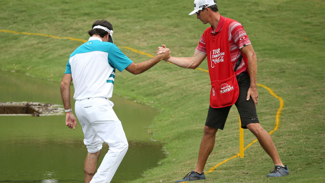 Thursday Notebook: Bubba Watson goes barefootin' at East Lake
